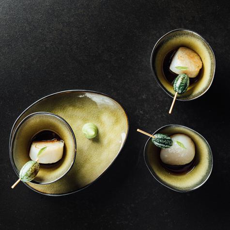 Kurzgebratene Jakobsmuscheln mit japanischer Sauce